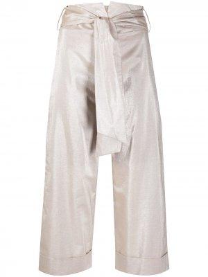 Укороченные брюки с эффектом металлик D.Exterior. Цвет: нейтральные цвета