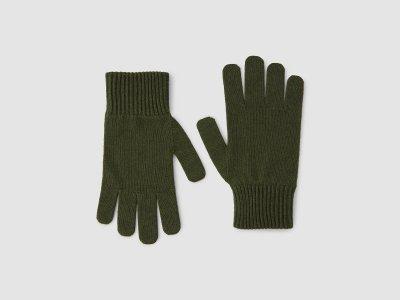 Перчатки из смесовой шерсти с добавлением кашемира Benetton. Цвет: зеленый