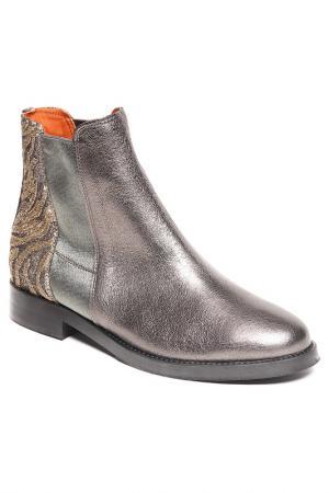 Ботинки BAGATT. Цвет: серебряный