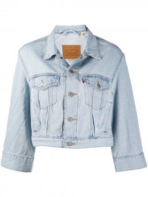 Levis укороченная джинсовая куртка на пуговицах Levi's. Цвет: синий