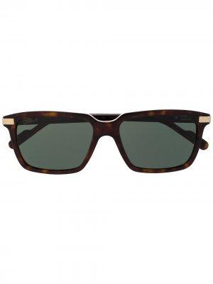 Солнцезащитные очки C de Cartier в прямоугольной оправе Eyewear. Цвет: коричневый