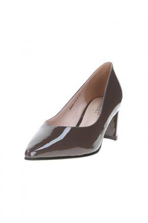 Туфли Lanneret. Цвет: коричневый