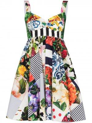 Расклешенное платье в технике пэчворк Dolce & Gabbana. Цвет: белый