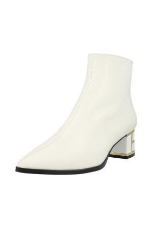 Ankle boots ROBERTO BOTELLA. Цвет: white