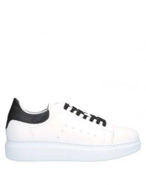 Низкие кеды и кроссовки HAMAKI-HO. Цвет: белый