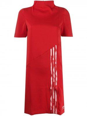 Спортивное платье adidas by Danielle Cathari. Цвет: красный