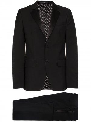 Классический смокинг Givenchy. Цвет: черный