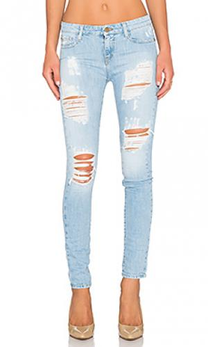Узкие джинсы skinny jean Acquaverde. Цвет: none