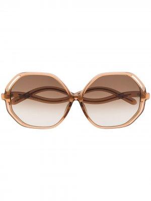 Массивные солнцезащитные очки Linda Farrow. Цвет: коричневый