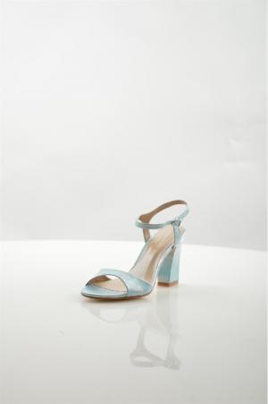 Босоножки Roberto Botella. Цвет: голубой