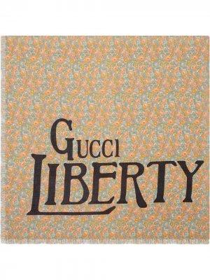 Шарф Liberty с цветочным принтом Gucci. Цвет: розовый