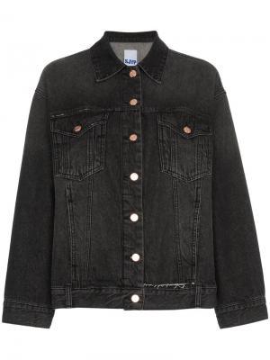 Состаренная джинсовая куртка в стиле оверсайз SJYP. Цвет: черный