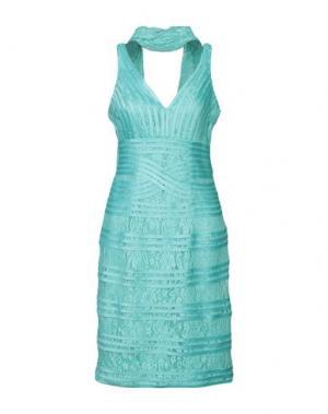 Платье до колена MIKAEL. Цвет: светло-зеленый