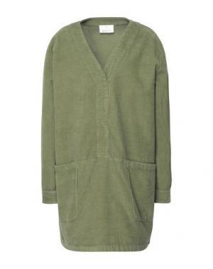 Короткое платье GEORGE J. LOVE. Цвет: зеленый
