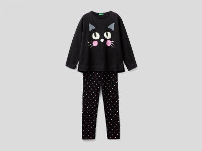 Пижама с принтом Benetton. Цвет: черный