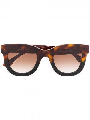 Солнцезащитные очки Gambly в квадратной оправе Thierry Lasry. Цвет: коричневый