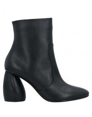 Полусапоги и высокие ботинки CARVEN. Цвет: черный