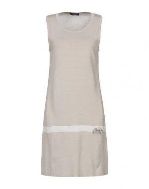 Короткое платье ALJSSA. Цвет: светло-коричневый