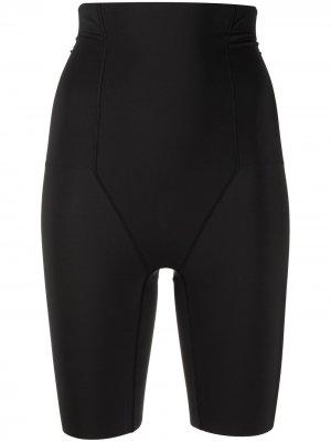 Корректирующие шорты с завышенной талией Wacoal. Цвет: черный
