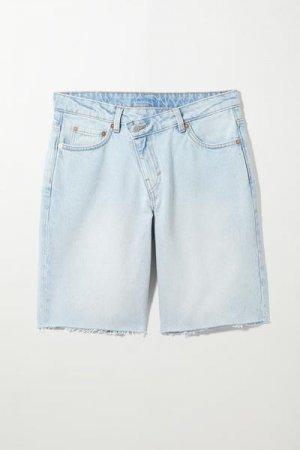 Джинсовые шорты Zen Weekday. Цвет: синий