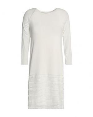 Короткое платье BAILEY 44. Цвет: белый
