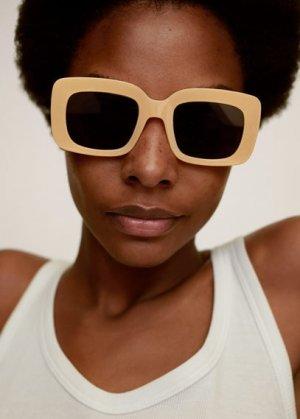 Солнцезащитные очки в квадратной оправе - Kanye Mango. Цвет: ванильный