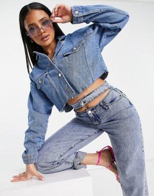Синяя короткая джинсовая куртка с необработанными краями -Голубой NA-KD
