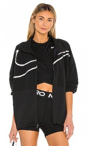 Куртка np Nike. Цвет: черный