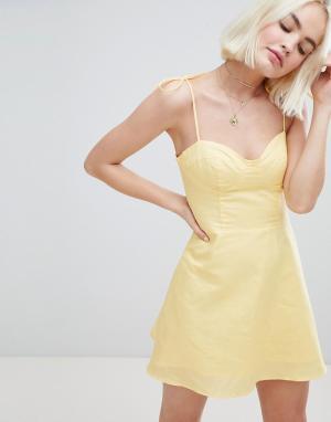 Платье на тонких бретельках Emory Park. Цвет: желтый