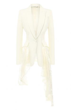 Жакет из смеси шерсти и шелка с кружевной вставкой Alexander McQueen. Цвет: белый