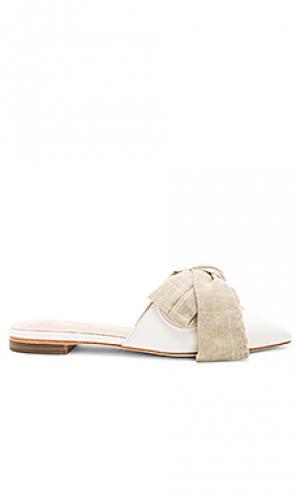 Заостренный носок без каблука magnolia RAYE. Цвет: белый