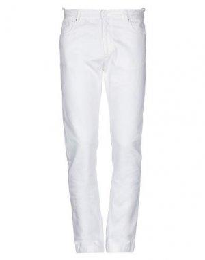 Джинсовые брюки COSTUME NATIONAL. Цвет: белый