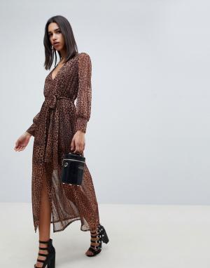 Платье макси с леопардовым принтом и поясом ASOS DESIGN. Цвет: мульти
