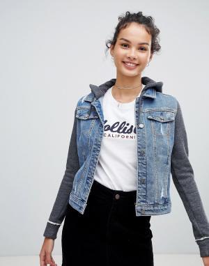 Джинсовая куртка с трикотажными вставками Hollister. Цвет: синий