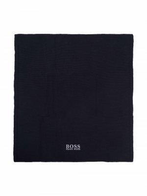 Кашемировое одеяло с вышитым логотипом BOSS Kidswear. Цвет: синий