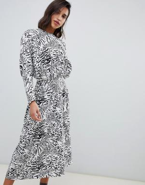Жаккардовое платье миди с леопардовым принтом ASOS DESIGN