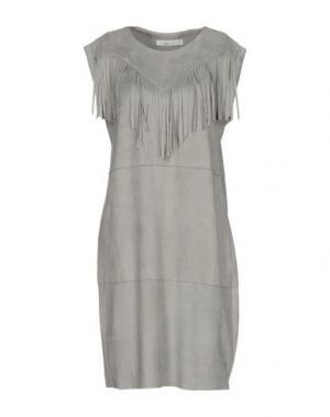 Короткое платье AAIKO. Цвет: светло-серый