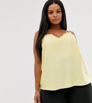 Желтая майка с кружевной отделкой Outrageous Fortune Plus. Цвет: желтый