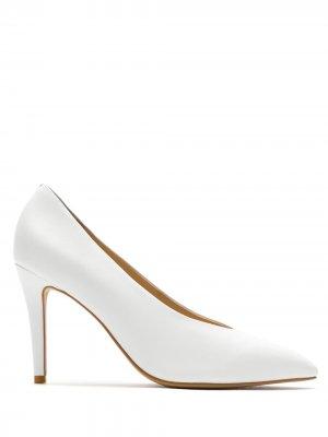 Туфли-лодочки с V-образным вырезом Eva. Цвет: белый