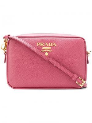 Logo plaque camera bag Prada. Цвет: розовый