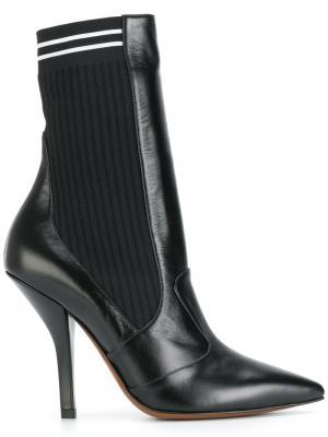 Туфли-лодочки с носком Fendi. Цвет: черный