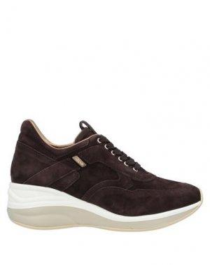 Низкие кеды и кроссовки CESARE PACIOTTI 4US. Цвет: темно-коричневый