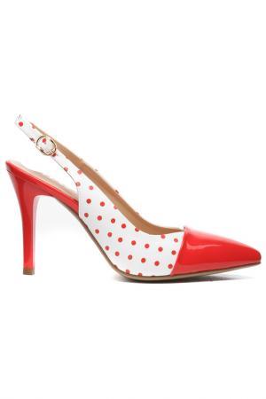 Туфли летние открытые Daze. Цвет: красный