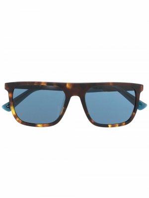 Солнцезащитные очки DL0299S в квадратной оправе Diesel. Цвет: коричневый