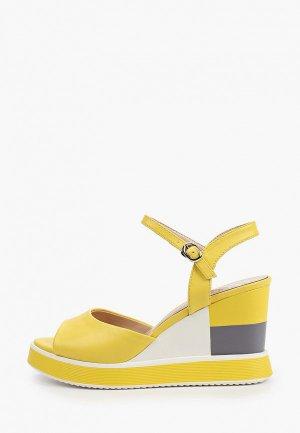 Босоножки Inario. Цвет: желтый
