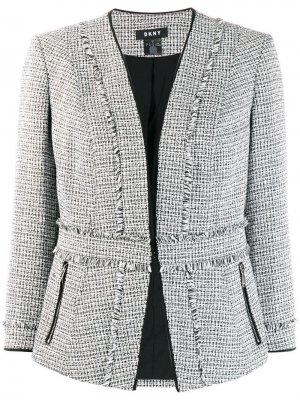 Пиджак без застежки DKNY. Цвет: черный