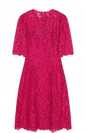 Приталенное кружевное платье-миди Dolce & Gabbana. Цвет: фуксия