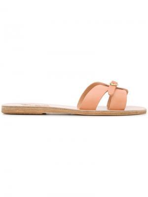 - Для нее Ancient Greek Sandals. Цвет: бежевый