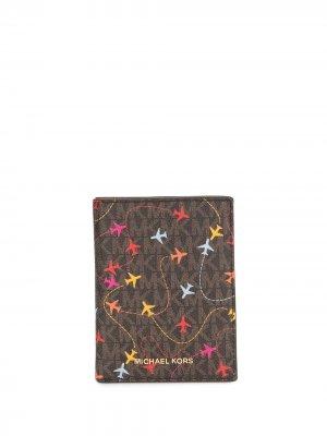 Обложка для паспорта с принтом Michael Kors. Цвет: коричневый