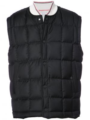 Пуховый жилет Thom Browne. Цвет: чёрный